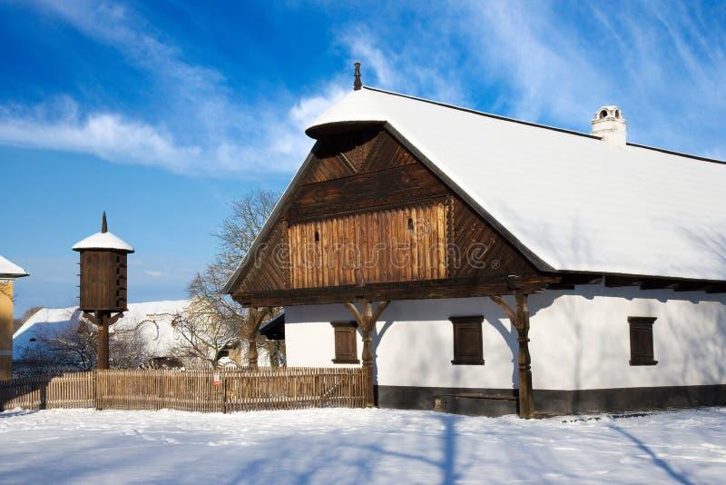 Традиционная крестьянская архитектура в под открытым небом музее в na Prerov стоковые изображения