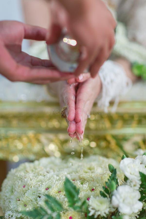 Традиционная свадебная церемония ` s Таиланда стоковая фотография