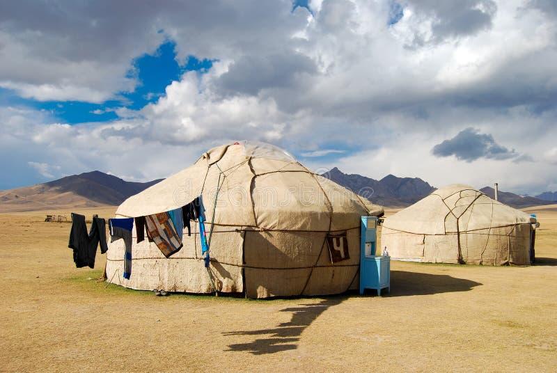 традиционное дома kyrgyz стоковая фотография rf