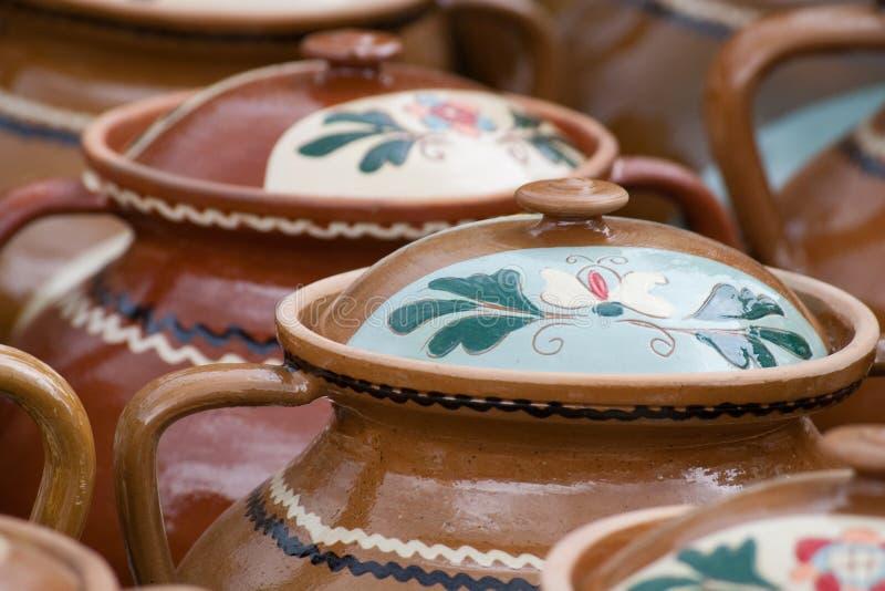 традиционное Румынии гончарни деревенское стоковые изображения rf