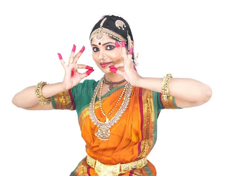 традиционное танцора женское индийское стоковая фотография rf