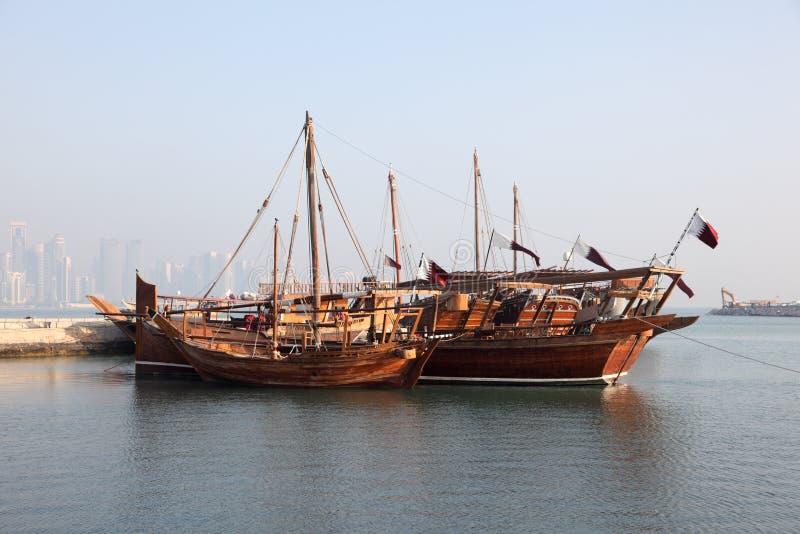 Традиционные арабские dhows в Doha стоковое изображение rf