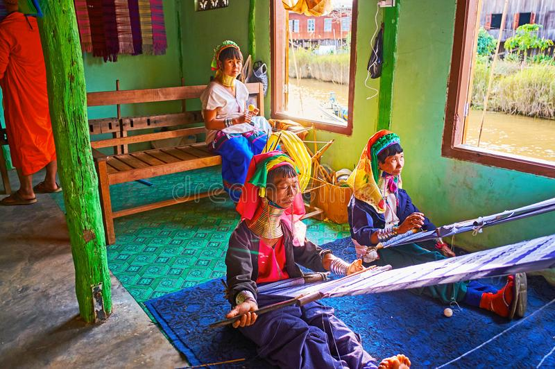 Традиционные бирманские ремесленничества, озеро Inle, Мьянма стоковые изображения