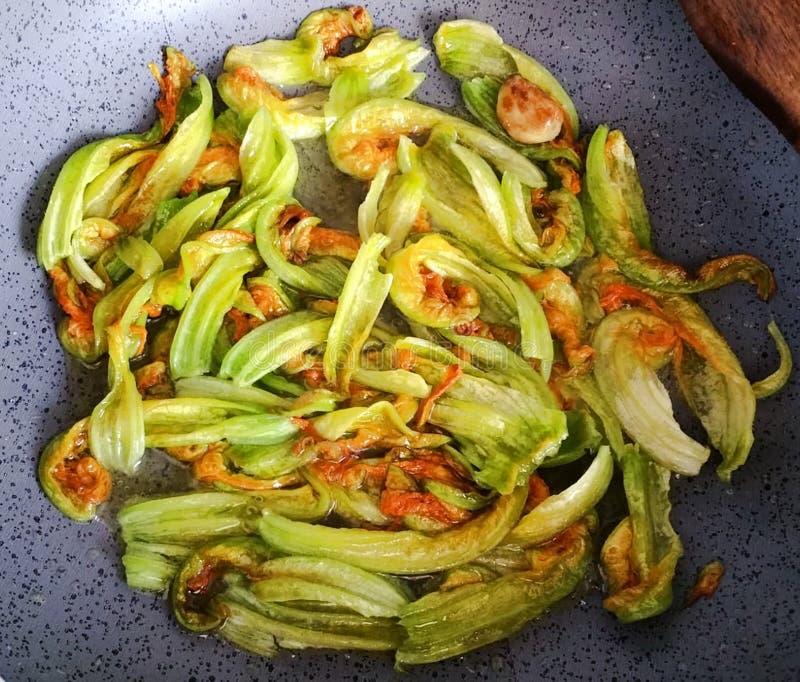 Традиционные блюда кухни в Италии стоковое фото