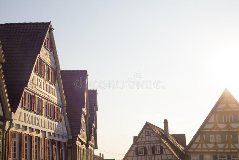 Традиционные старые немецкие дома в заходе солнца стоковое фото rf