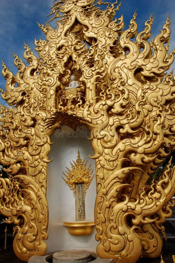 Традиционные тайские буддийские пламена стоковое изображение