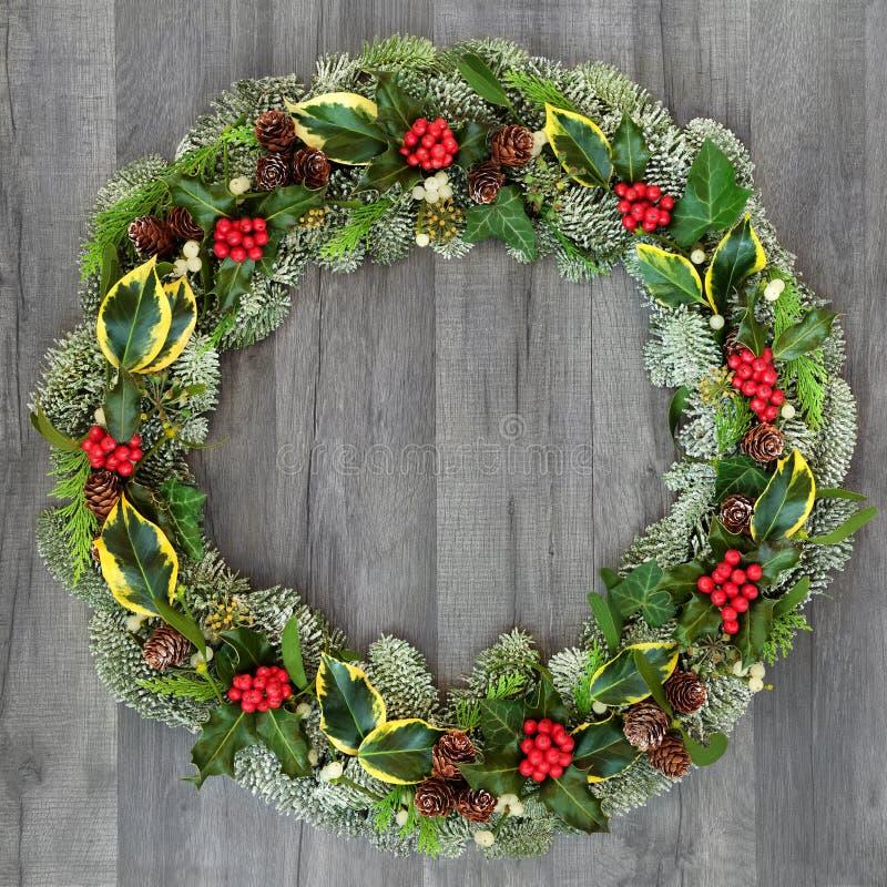 Традиционный венок зимы и рождества стоковые фотографии rf