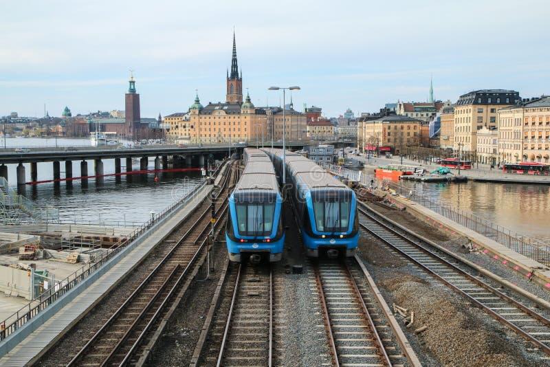 Традиционный новый шведский поезд метро стоковые изображения rf