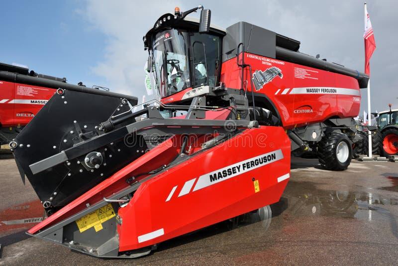 Тракторы Massey Ferguson стоковое фото rf