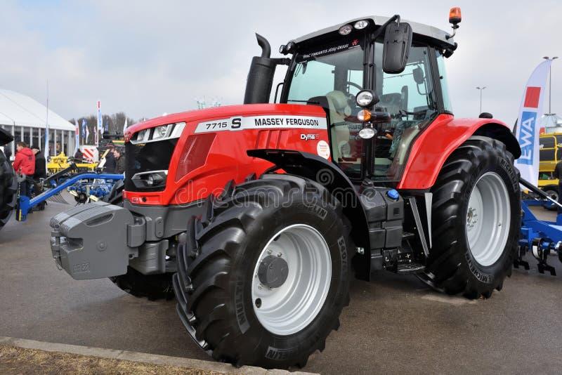 Тракторы Massey Ferguson стоковые изображения rf