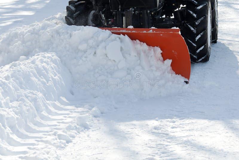 трактор снежка удаления парка малый стоковое изображение