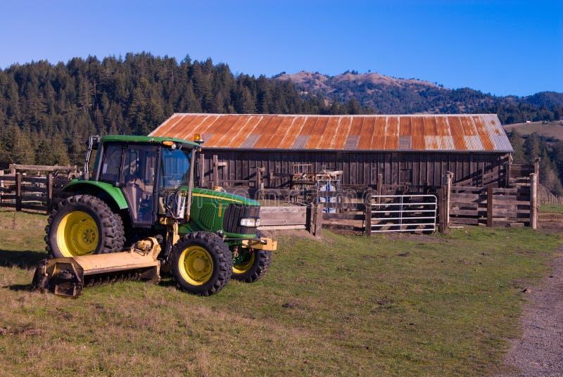 трактор фермы стоковое изображение rf