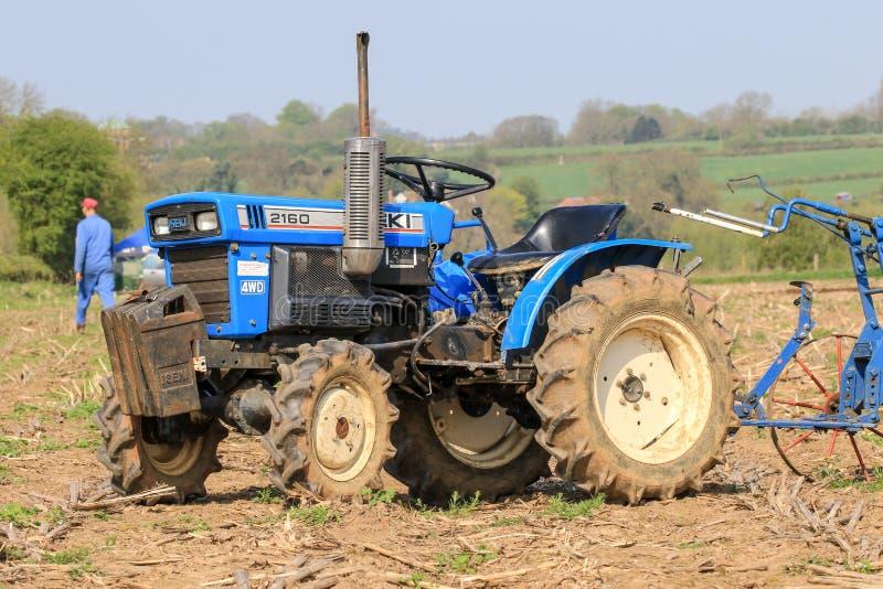 трактор iseki 2160 малый стоковые изображения rf
