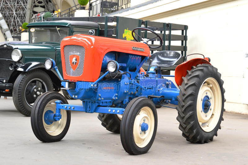 ламборджини трактор фото