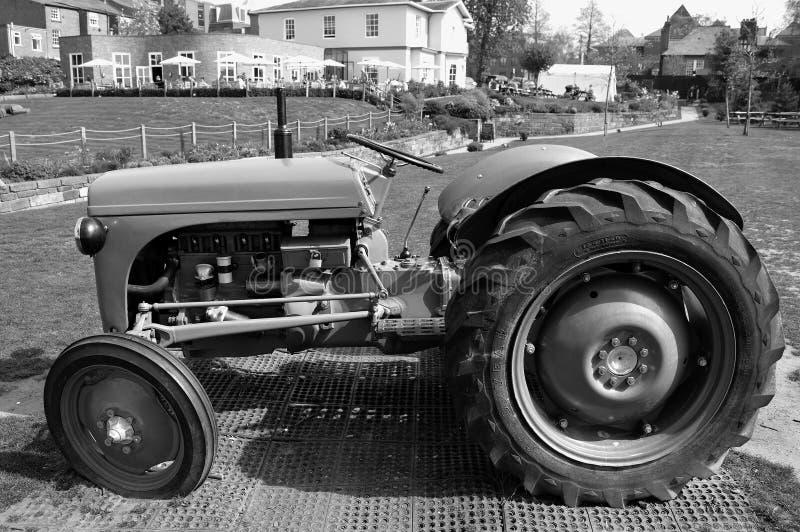 Трактор N-серий Форд-Ferguson стоковое изображение rf