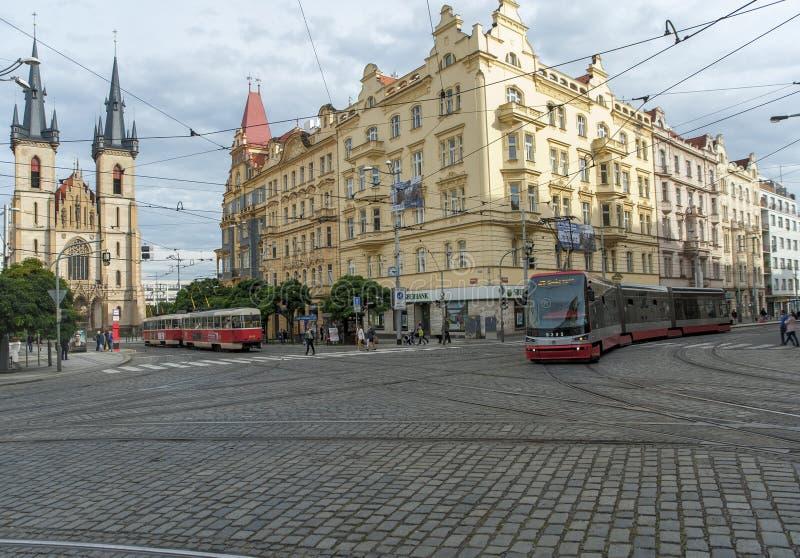 Трамваи в Праге стоковая фотография