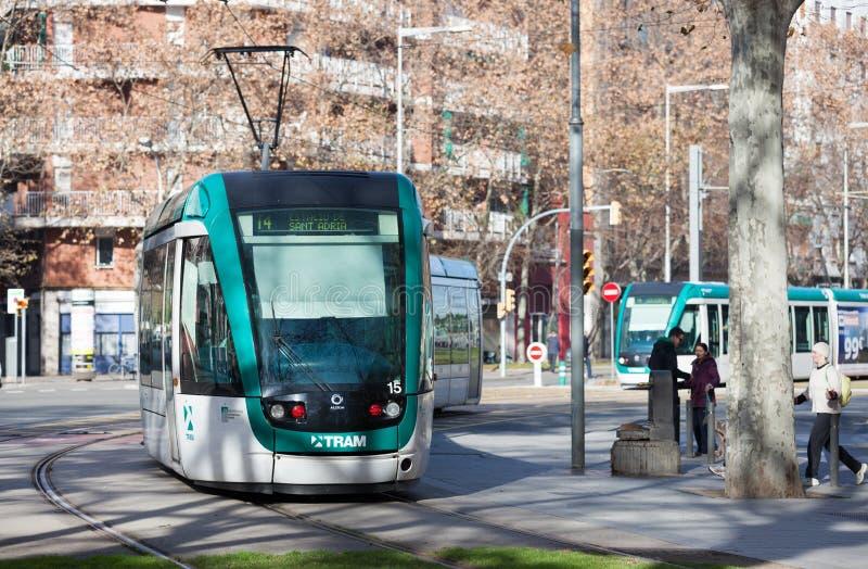 Трамваи на улице на Барселоне в зиме стоковые изображения