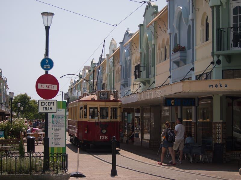 Трамвай в новой правящей улице, Крайстчёрче стоковое изображение