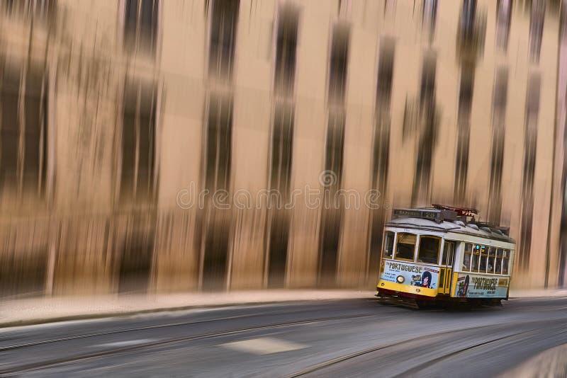 Трамвай ` s Лиссабона стоковые изображения