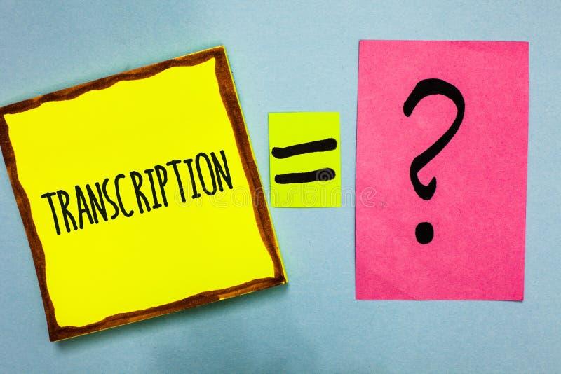 Транскрипция сочинительства текста почерка Процесс смысла концепции написанный или напечатанный транскрибировать формулирует цвет стоковые фотографии rf