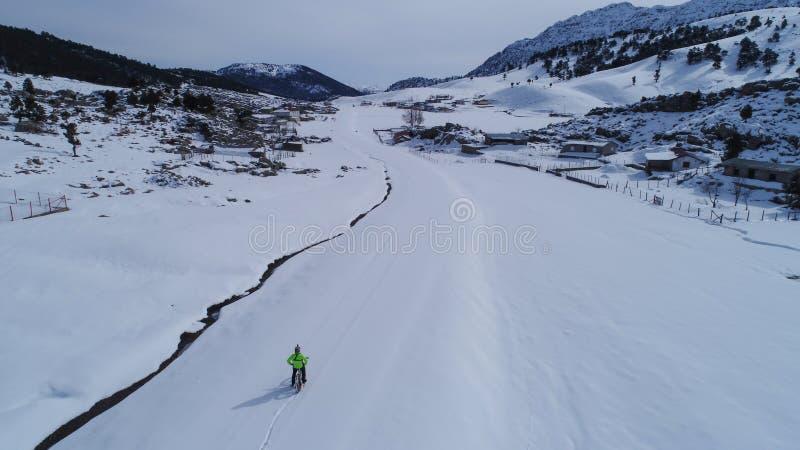 Транспорт в условиях зимы стоковая фотография