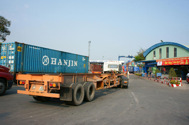 Транспорт, экспорт, импорт, порт Хо Ши Мин стоковая фотография rf