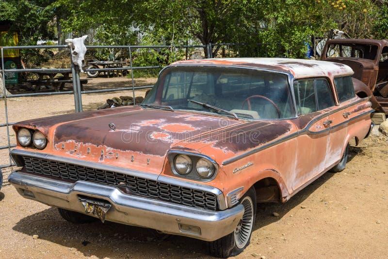 Трасса 66, Hackberry, автомобиль ветерана стоковые фотографии rf