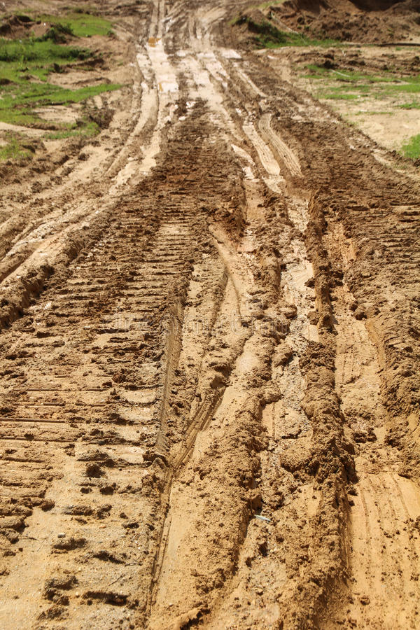 Трассировки автошин грязи стоковое изображение