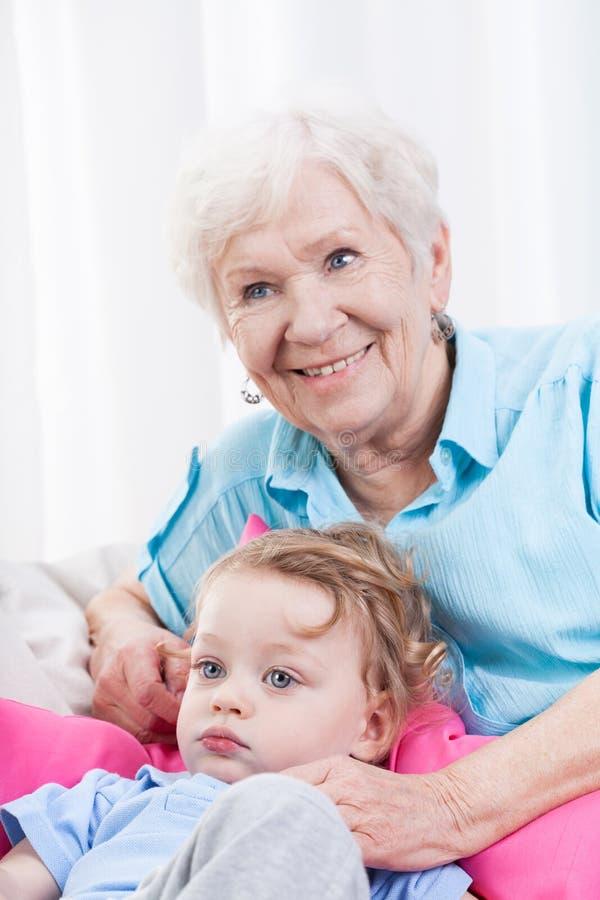 Тратить время с внуком стоковое фото rf