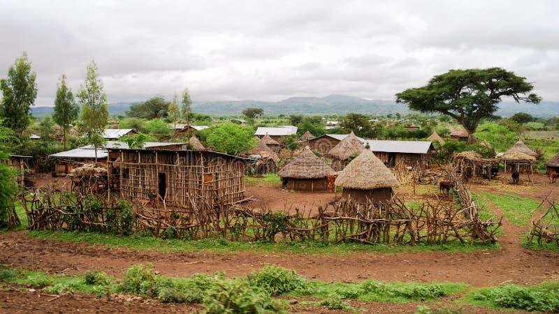 Традиционная деревня племени Konso в карате Konso Эфиопии стоковые фото