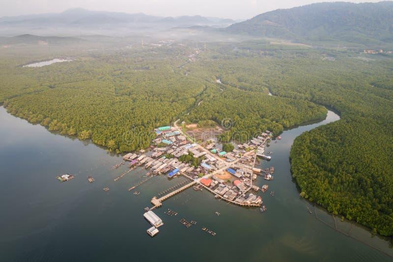 Традиционная деревня рыболова стоковые изображения rf