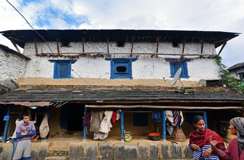Традиционная деревня Gurung Ghandruk в Гималаях стоковое фото