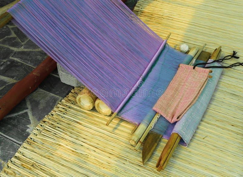 Традиционная рук-сплетя тень быть стоковые изображения