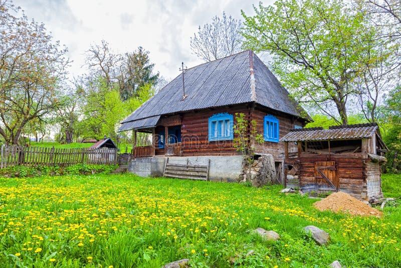 Традиционное здание деревни от гор Trasylvania стоковое изображение rf