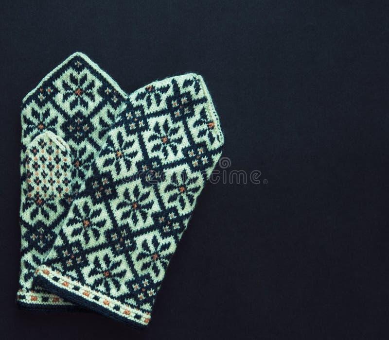 Традиционные латышские mittens стоковое изображение rf