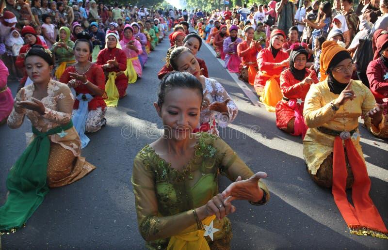 Традиционные танцы танцев стоковое изображение rf