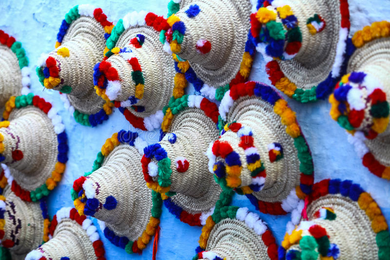 Традиционные шляпы в Chefchaouen стоковая фотография rf
