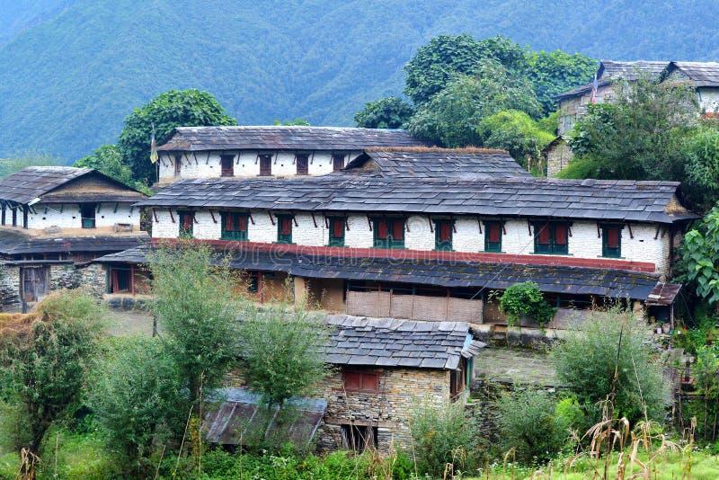 Традиционный каменный дом в Ghandruk, Непале стоковое фото rf