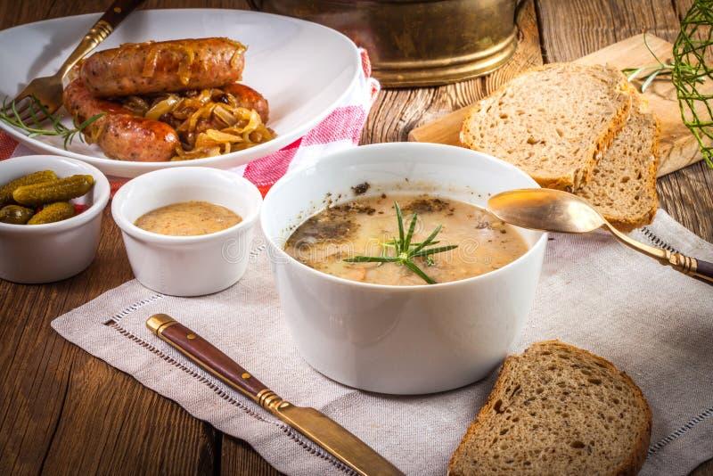 Традиционный польский sourdough супа стоковые изображения rf