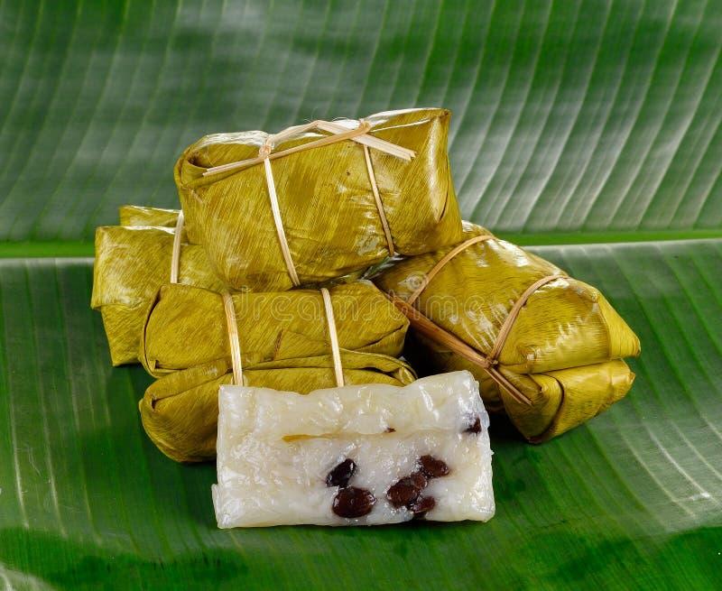 Традиционный тайский десерт, Glutinous испаренный рис стоковые фотографии rf
