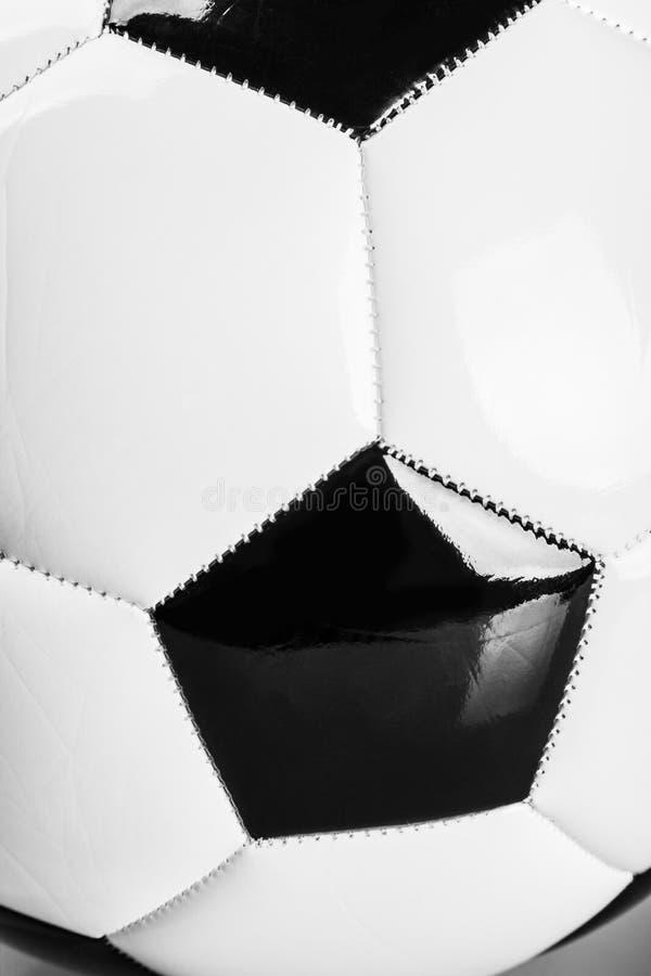 традиционный черно-белый футбол стоковое фото