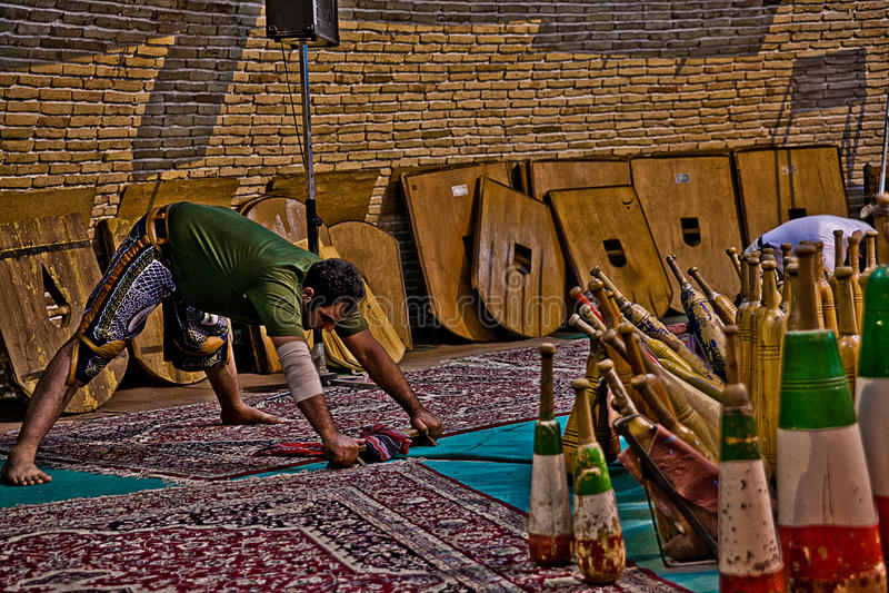 Традиция Zurkhaneh старая иранская стоковое изображение