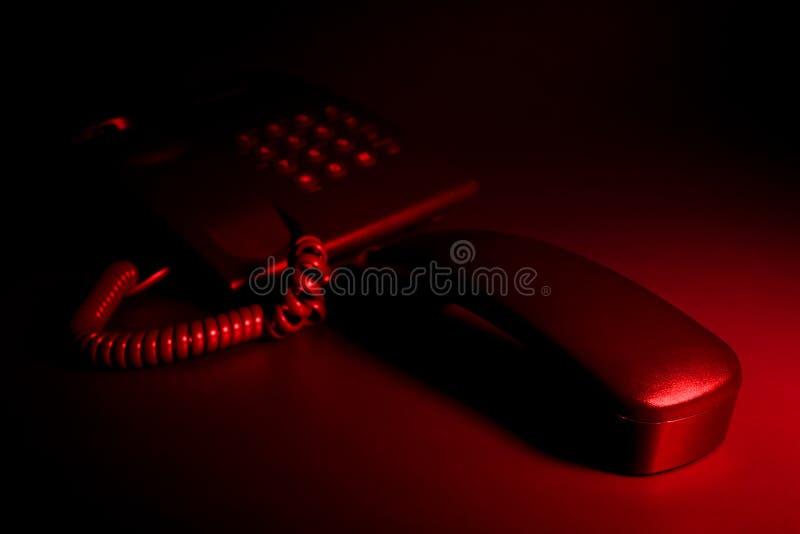 тревоженый телефон ночи звонока срочный стоковое изображение rf