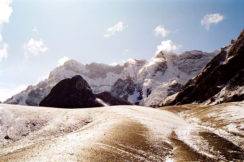 трек Перу ausangate стоковые фото