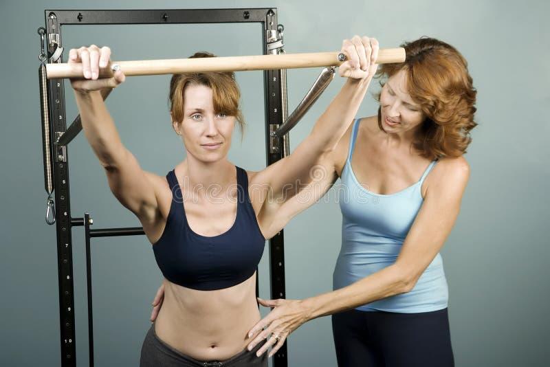 тренер pilates стоковые фотографии rf