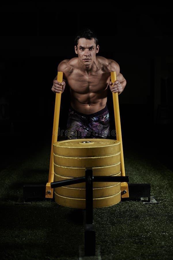 Тренировка CrossFit стоковые изображения rf