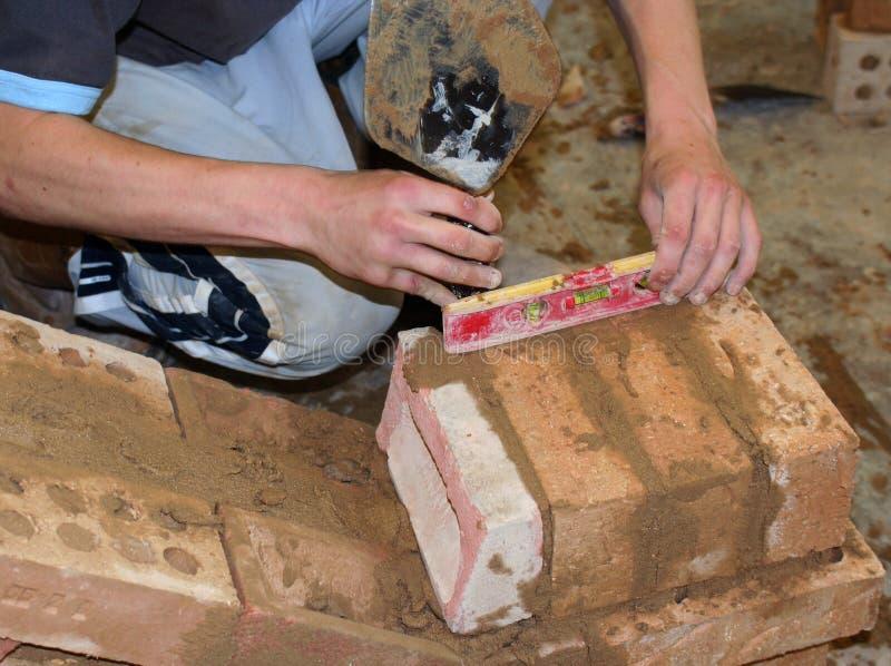 тренирующая bricklayer стоковое фото rf