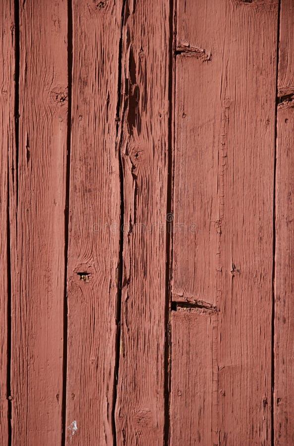 Download треснуто слезающ древесину красного цвета планок Стоковое Фото - изображение насчитывающей каустическо, цвет: 477668