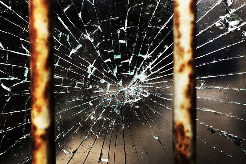 Download Треснутые стекло и адвокатские сословия Стоковое Фото - изображение насчитывающей закрыно, никто: 33731190