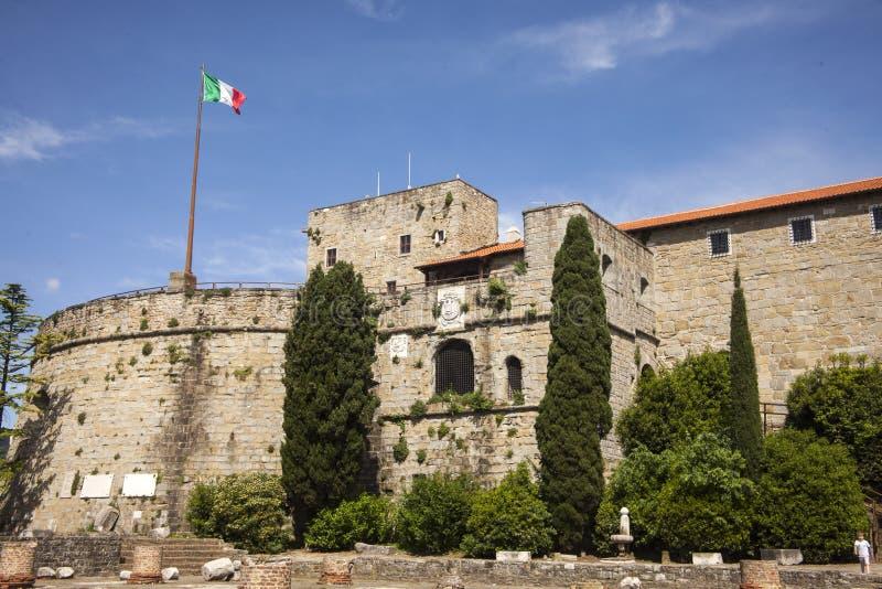 Триест, Colle di Сан Giusto, Италия стоковое изображение